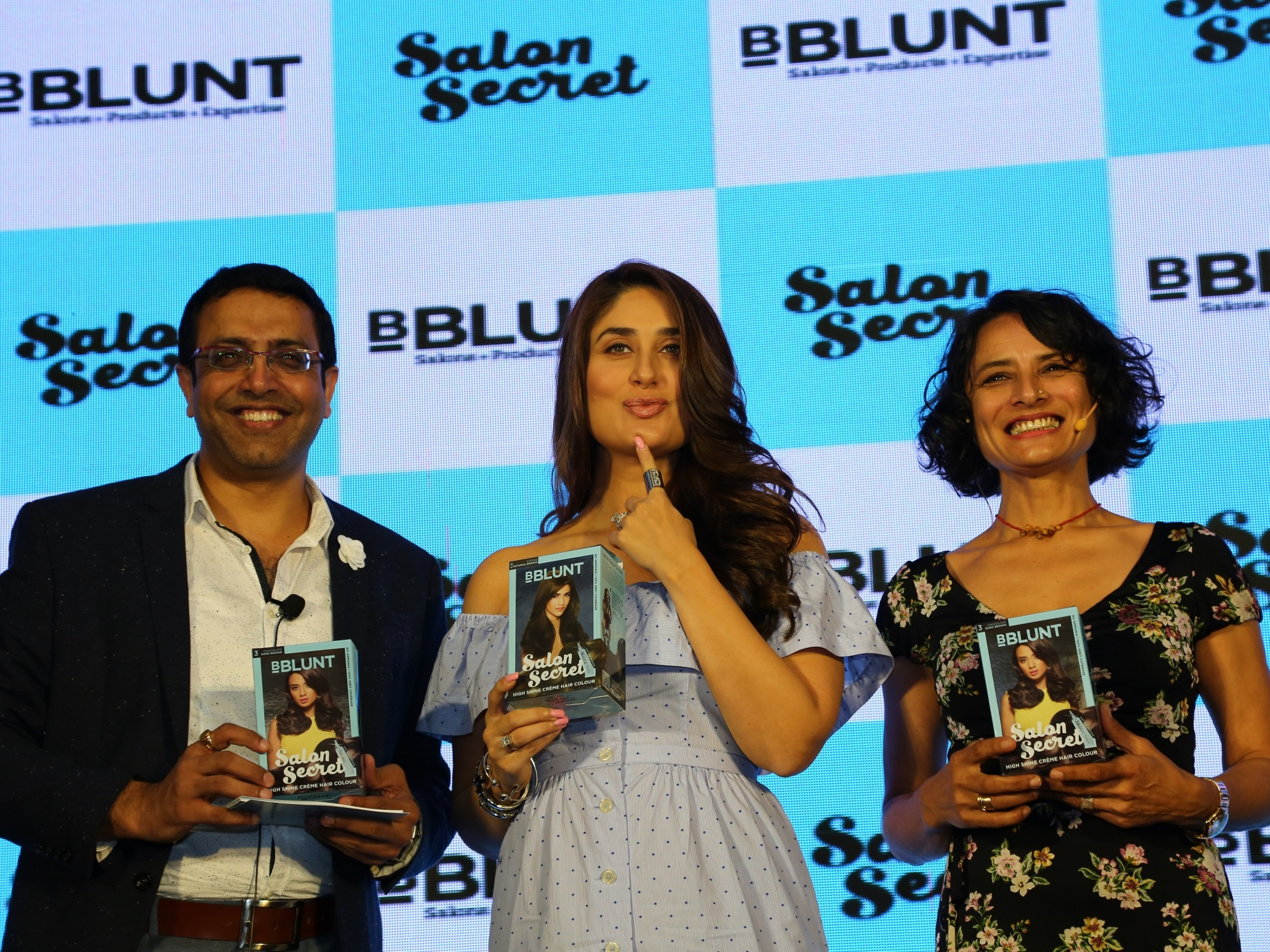 Kareena kapoor khan unveiled bblunt s new high shine cr me for B blunt salon secret hair colour price