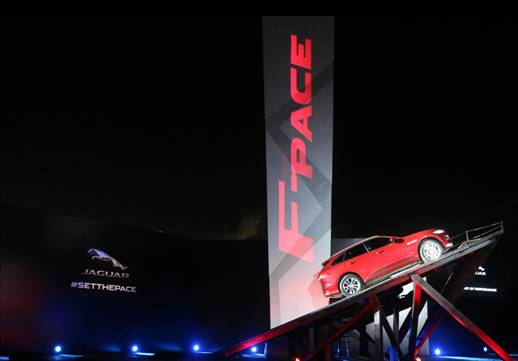 Jaguar Land Rover Sets The Pace with the Grand Launch of the Jaguar F-PACE in India