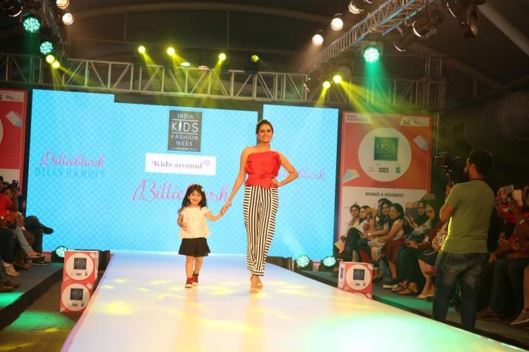 Sargun Mehta walked the ramp at Season 5 of India Kids Fashion Week Mumbai for  Kids Around.JPG