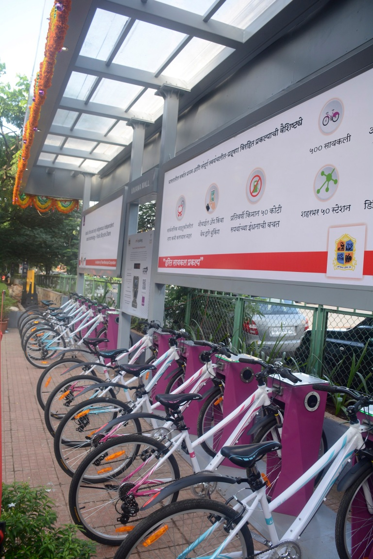 Rent cycles from cycle docks Set by TMC & Signpost Group