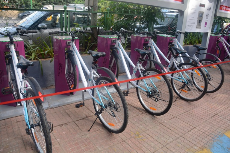Unlock cycles through smart card from the cycle docks Set by TMC & Signpost Group.jpg
