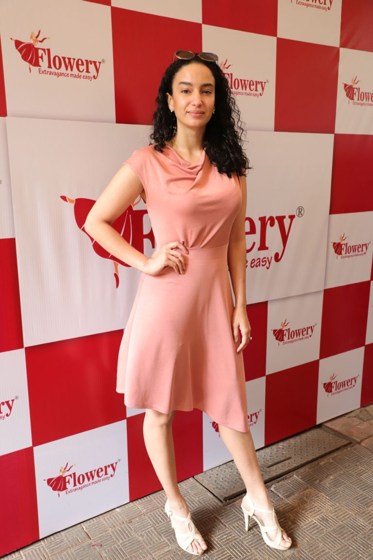 Model elena at launch of Flowery fashions news collection launch (2).JPG
