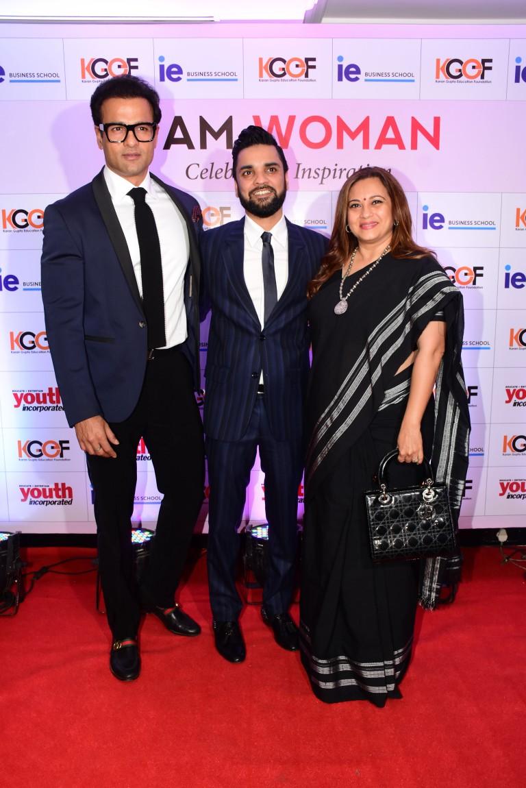 Rohit Roy, Karan Gupta and Manasi Joshi Roy at the Karan Gupta Education Foundation's I Am Woman Awards 2019.JPG
