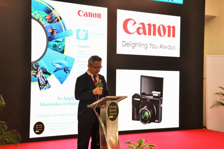 Mr. Kazutada Kobayashi, President & CEO, Canon India addressing the audience on the importance of Ocean conservation at the Blue.jpg
